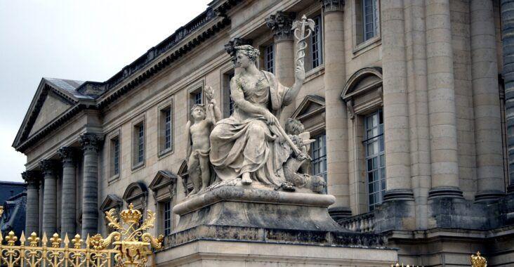 , Tratado de Versalles y fracaso de la Sociedad de Naciones, Estudianteo