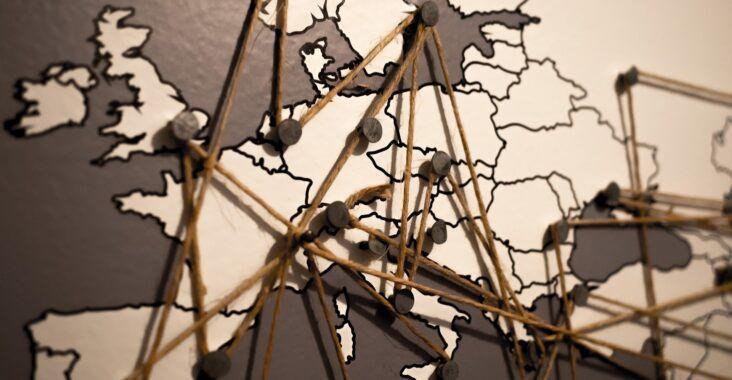 , Caída de las dictaduras mediterráneas europeas y golpes de estado en el Cono Sur, Estudianteo